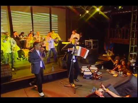 21. Jorge Celedon - Me dejó solito (En Vivo)
