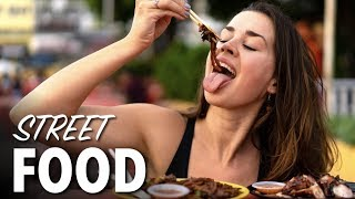FIRST TIME TRYING MALAYSIAN FOOD! - Top 3 Malaysian Food Reaction