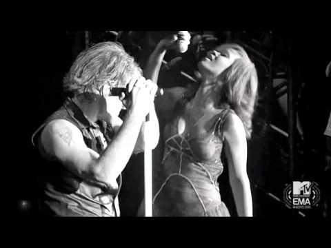 Bon Jovi & Rihanna - Livin' On A Prayer