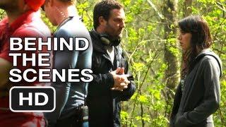 Behind-the-Scenes Featurette