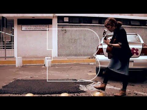 Natalia Lafourcade | Ella Es Bonita - Azul | A Take Away Show