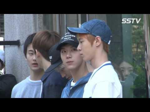 [SSTV] NCT U-세븐틴(SEVENTEEN), 꽉 막힌 출근길~ 팬들로 인산인해 '어마어마한 인기'