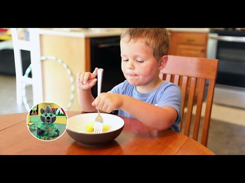screenshot of youtube video titled The Five Senses | Growing Up With Smart Cat