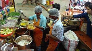 """Crazy Busy Indian Street Food Action """"Om Sai Sagar Bhel Puri & Chaat Centre"""" Juhu Beach Mumbai India"""
