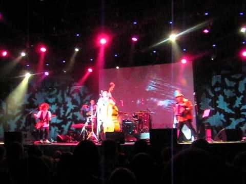 Billy's Band - Немного смерти, немного любви (12/04/2013)