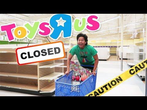 I Spent 24 Hours in Abandoned Toys R Us *Secret Footage*!