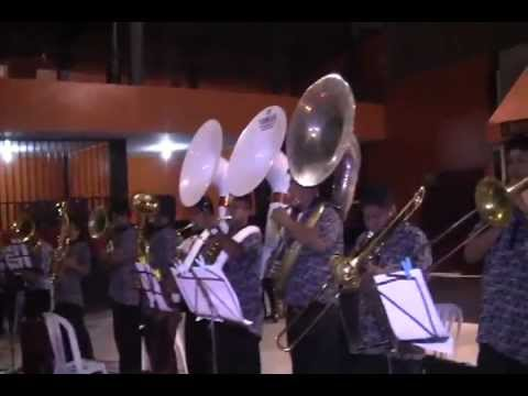 BANDA SHOW FILARMONICA HUASTA - Mix Huaynos *Marzo 2012*