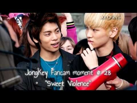 JongKey 종키 Fancam moment # 28 -