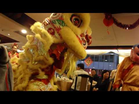 Lion Dance @ Jade Palace Seafood Restaurant at Tsim Sha Tsui.