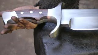 Forging a gigantic Bowie sword, part 2, making the handle.