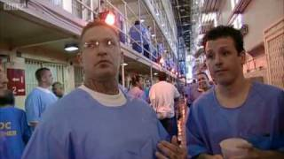 Prisoner relationships - Louis Theroux: Behind Bars - BBC