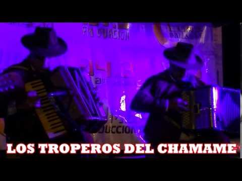 LOS TROPEROS DEL CHAMAME en vivo 01   21 09 14