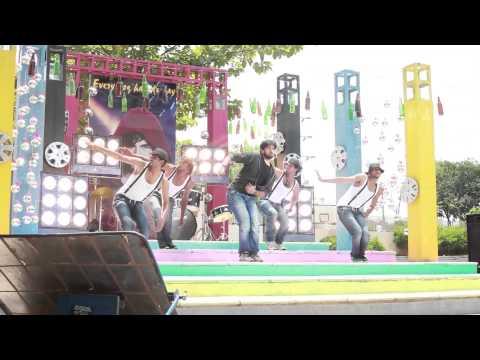 Kiraak-Movie-Song-Making