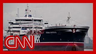 Reino Unido advierte a Irán de posibles 'serias consecuencias' sobre el petrolero capturado