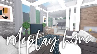 FAMILY ROLEPLAY HOME TOUR | BLOXBURG BUILD