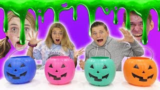 DON'T PICK THE WRONG PUMPKIN SPOOKY SLIME CHALLENGE | We Are The Davises