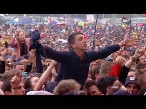 Catfish and the Bottlemen playing Tyrants @ Glastonbury 2016