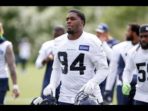 Seattle Seahawks sue former player, he fires back on Twitter