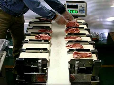 Yamato Scale - Semiautomatic Table-top Dataweigh. Application: Meat & Fish