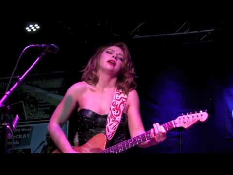 ''I PUT A SPELL ON YOU'' - SAMANTHA FISH BAND @ Callahan's, Nov 2016 (best quality)