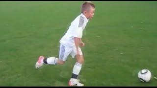 Lộ clip Ronaldo quay con trai đá bóng bằng Iphone 7 - Full HD - Iphone 7 plus