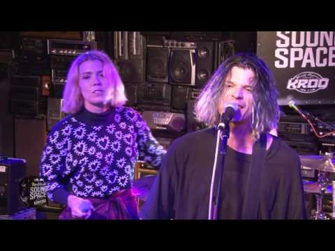 Grouplove - Welcome to Your Life, Live at KROQ
