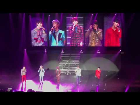 [FANCAM] SHINEE- REPLAY LIVE IN LA