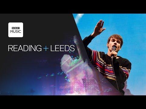 Rex Orange County - Loving Is Easy (Reading + Leeds 2018)