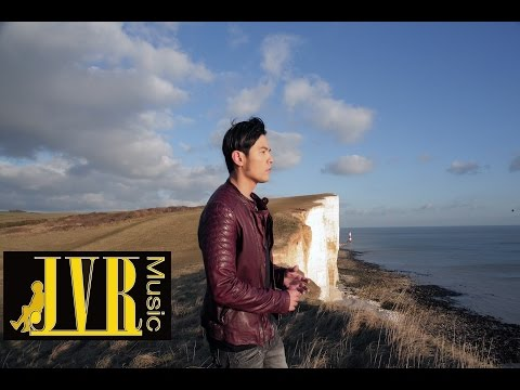 周杰倫 Jay Chou【怎麼了 What's Wrong】Official MV (ft. Cindy袁詠琳)