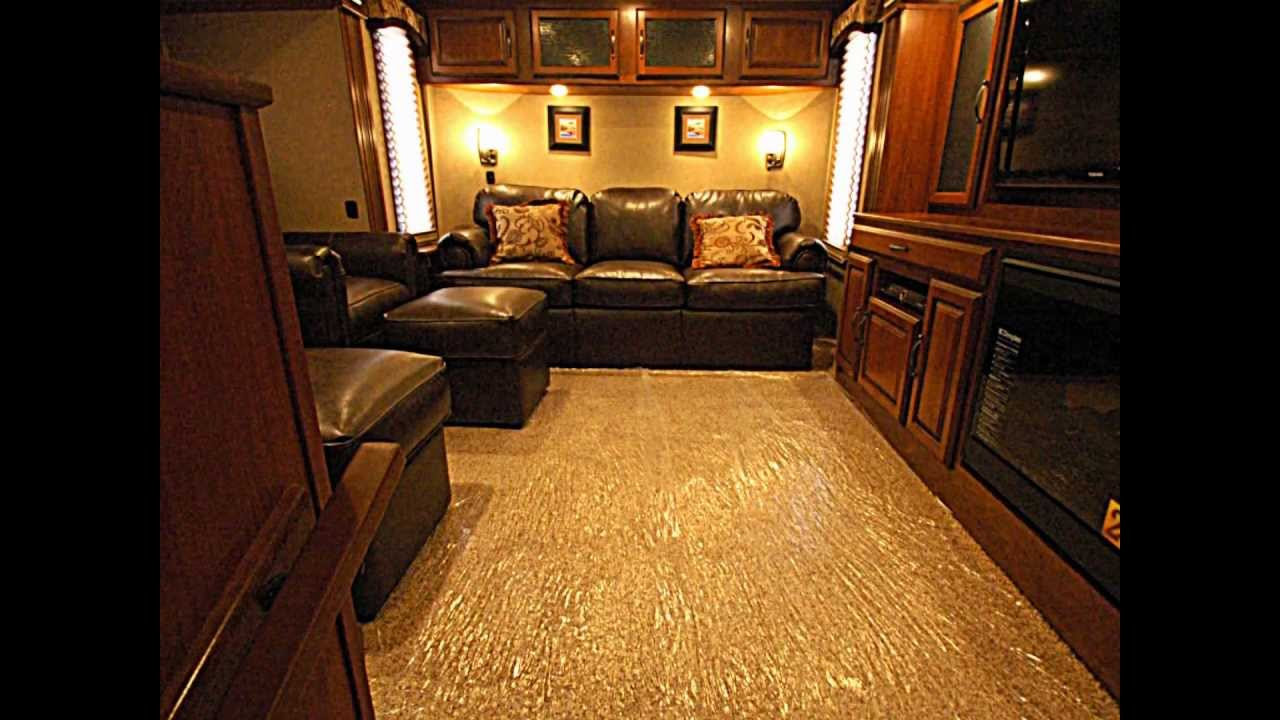 The All New Redwood 36fl Front Lounge George M Sutton