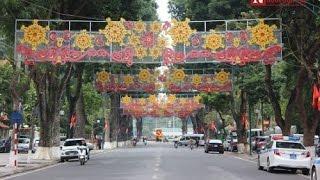Vietnamese Lunar New Year 2016 - Tet Vietnam,  So Beautiful New Years in Saigon...