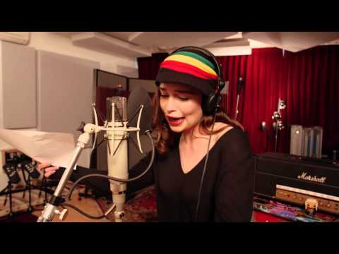Game of Thrones: The Musical – Emilia Clarke Teaser   Red Nose Day