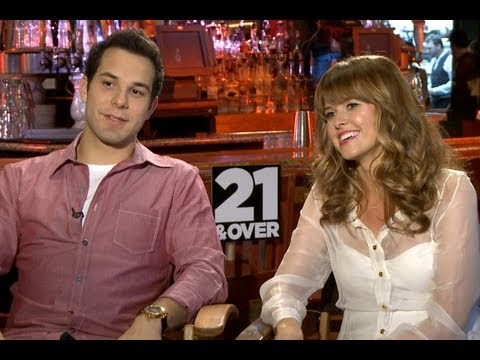 '21 and Over' Skylar Astin and Sarah Wright Interview