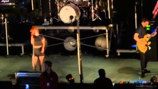 "Paramore - ""Never Let This Go"" (Live in San Diego 5-22-15)"