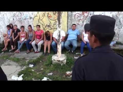 Continúan visitas bajo la filosofía de #PolicíaComunitaria (Ayutuxtepeque)