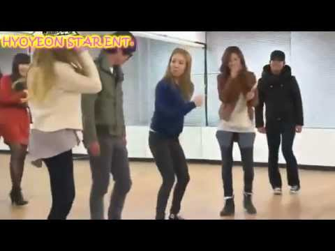 Hyoyeon is back :) Our Laughing Machine =PP