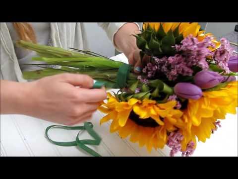 Sunflower Series: How to Make a Sunflower Bouquet