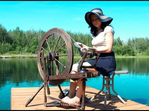 Repeat youtube video How to Spin Yarn On a Wheel - Absolute Beginner Lesson!