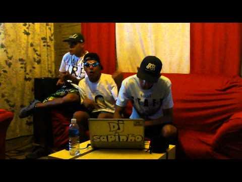 Baixar MC JHON JHON AP,MC GÙH CHAPA QUENTE (((DJ SAPINHO.SBO)))