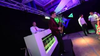 Bekijk video 2 van Saxy White op YouTube