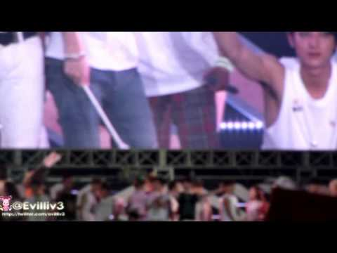 [FANCAM] 120818 SEHUN LUHAN Ending SMTown in Seoul