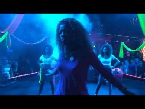 Baixar Mc Beyoncé - Garota Recalcada / Cadê O Isqueiro?! @ Festa LED (Fundição Progresso) - Pheeno TV