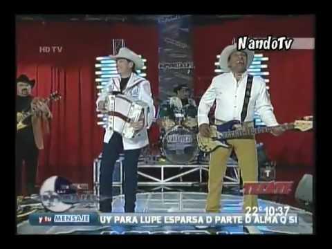 BRONCO - Un Golpe Mas, Mal Amor Y Atrapado En Vivo