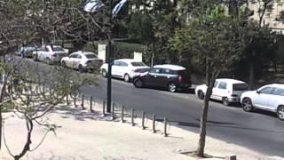 GENIJALNO: Evo kako da sačuvate parking mesto! (VIDEO)