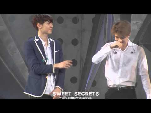 [Fancam] 140718 EXO TLP in Shanghai - Piggy Chanyeol & Sehun ᄏᄏᄏ