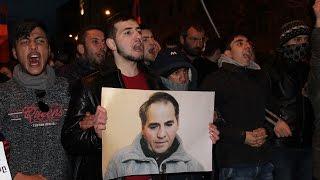 Ереван: шествие памяти Артура Саргсяна