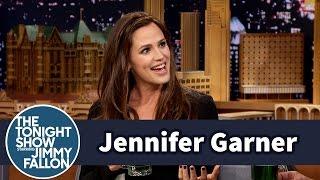 Jennifer Garner Juggled Babies During the Super Bowl