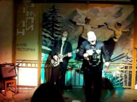 Влад Корнилов - Чужая жена (Living sound, amateur video)