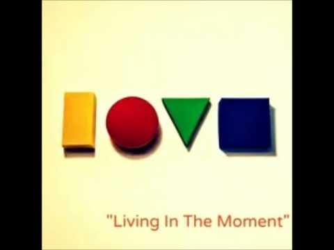 Baixar JASON MRAZ - Living In The Moment Album: Love Is A Four Letter Word (2012)