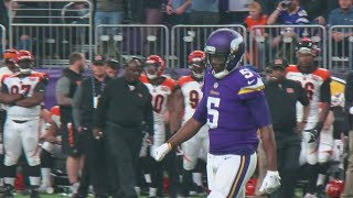 Fans, Teammates Cheer Bridgewater's Return To The Field